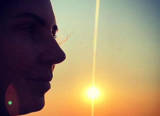 Glenda relembra pôr do sol  (Foto: reprodução instagram)