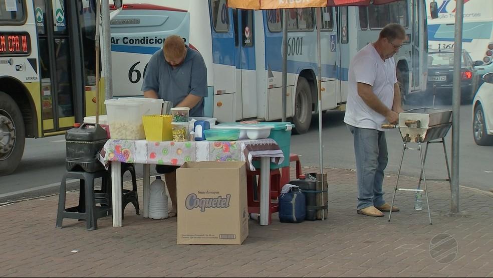 Golpista tem feito vítimas no Centro de Cuiabá (Foto: TVCA/ Reprodução)