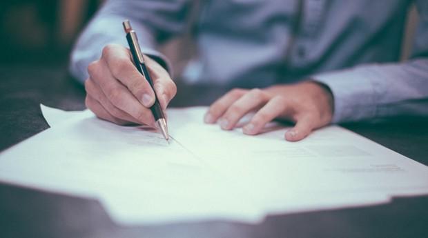 contrato (Foto: Pexels)