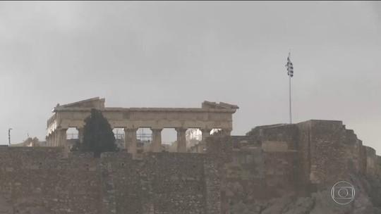 Raio deixa feridos na Acrópole de Atenas, na Grécia