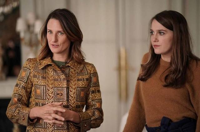 Camille Cottin e Fanny Sidney na quarta temporada de 'Dix pour cent', no ar na Netflix (Foto: Christophe Brachet-FTV/Mon Voisin Productions/Mother Production)