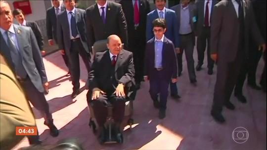 Chefe do exército da Argélia defende que o presidente do país seja declarado inapto