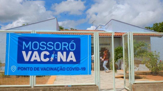 Mossoró vacina pessoas a partir dos 47 anos sem comorbidades