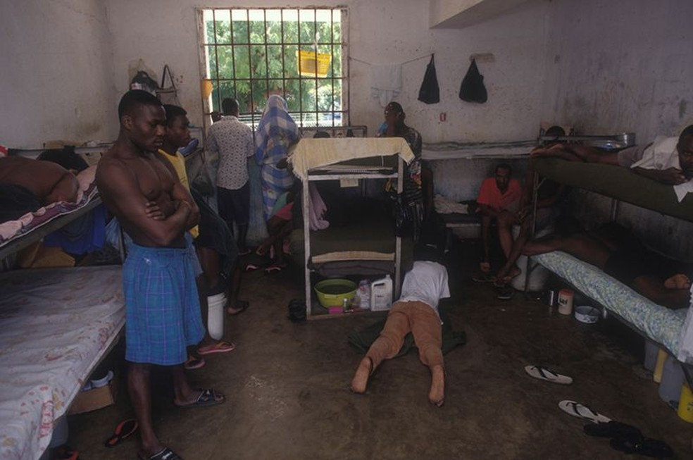 País mais pobre das Américas, o Haiti tem o pior índice de superlotação carcerária — Foto: Getty Images/BBC