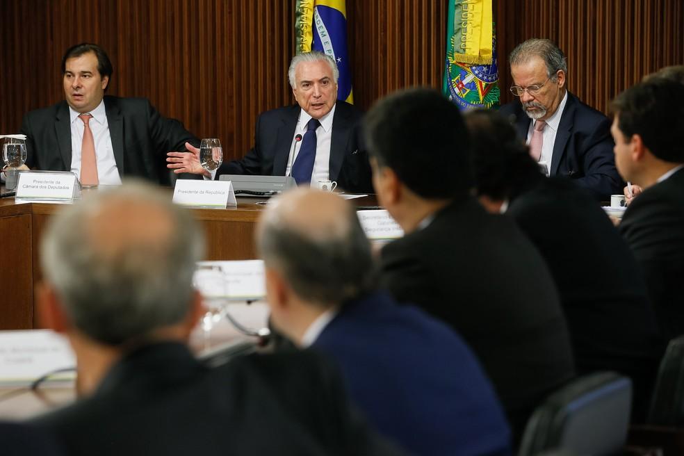 O presidente Michel Temer discursa durante reunião com prefeitos para discutir segurança pública (Foto: Beto Barata/Presidência da República)