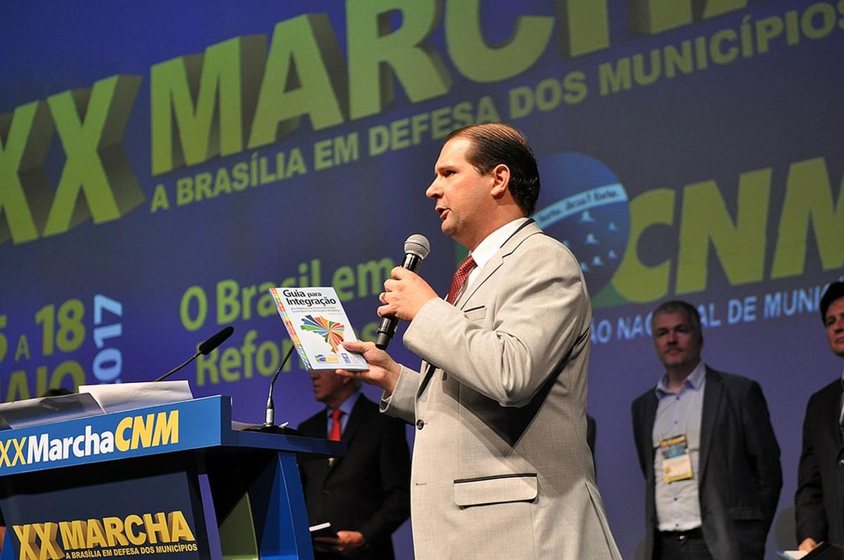 Prefeitos do Paraná querem mais de R$ 270 milhões em recursos federais extras ainda neste ano, diz associação