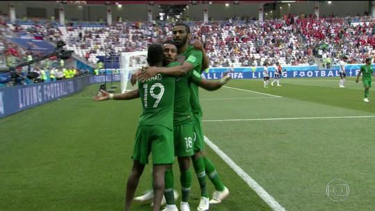 Eliminados, Egito e Arábia Saudita fazem jogo emocionante