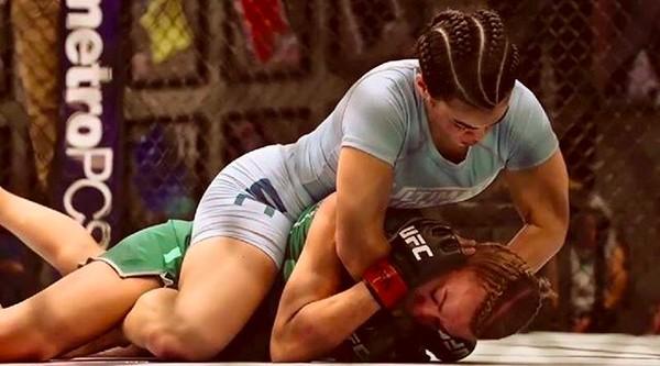 A lutadora de MMA Rachael Ostovich durante um treino (Foto: Instagram)