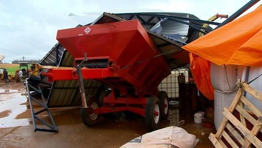 Defesa Civil divulga alerta sobre chance de temporal e granizo para todo o RS