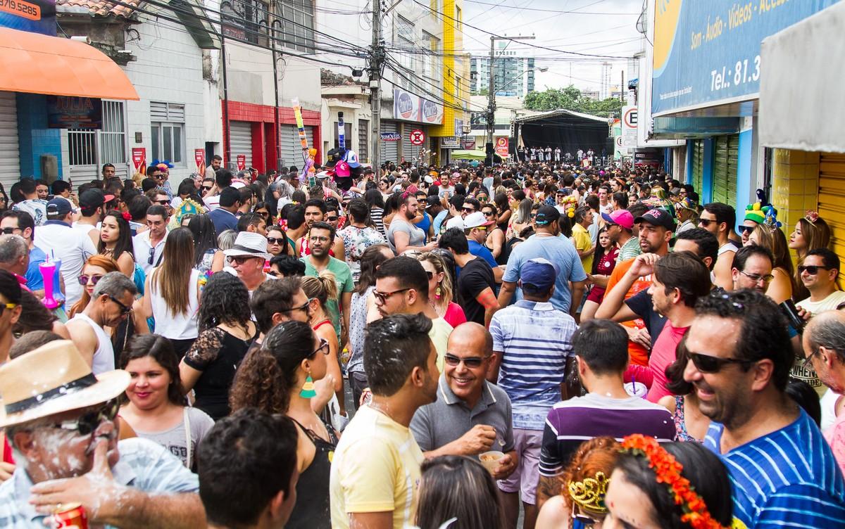 Prefeitura de Caruaru convoca agremiações carnavalescas para atualização de cadastro
