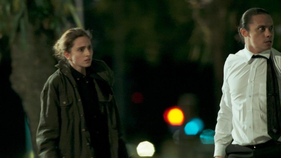 Ela fica pasma com a atitude dele (Foto: TV Globo)
