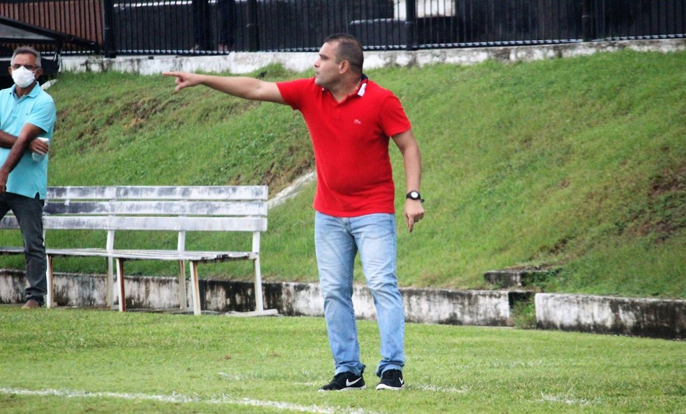 Renatinho Potiguar, ex-Santa Cruz de Natal, é o novo técnico do América-RN — Foto: Diego Simonetti/Santa Cruz de Natal