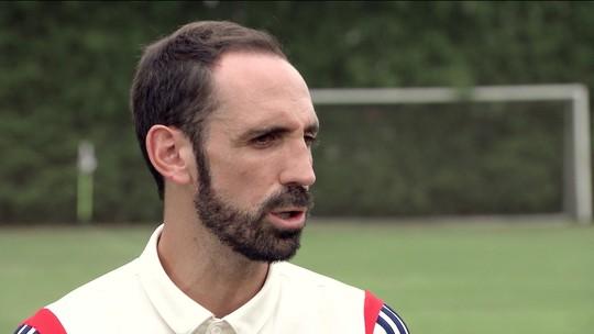 """Com o português em dia, Juanfran exalta Diniz e mira título no São Paulo: """"Tenho o sonho de ser campeão aqui"""""""