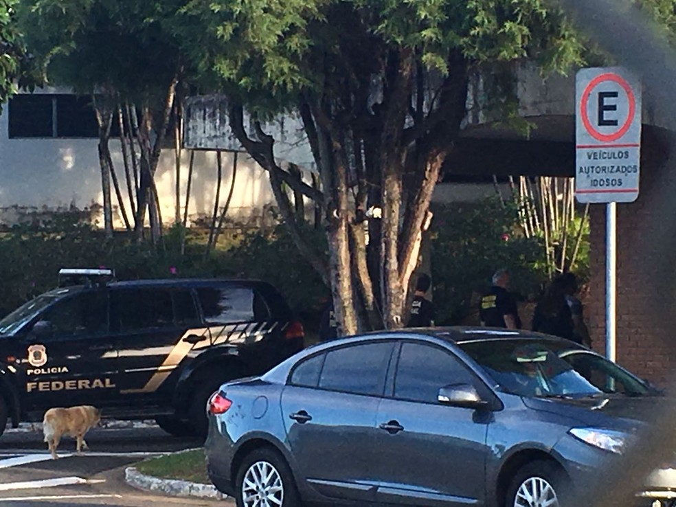 Polícia Federal investiga quadrilhas investigadas por contrabando em Sorocaba (Foto: Priscila Mota/TV TEM )