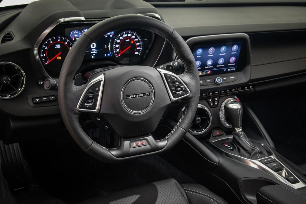 Interior do Chevrolet Camaro 2019 — Foto: Divulgação