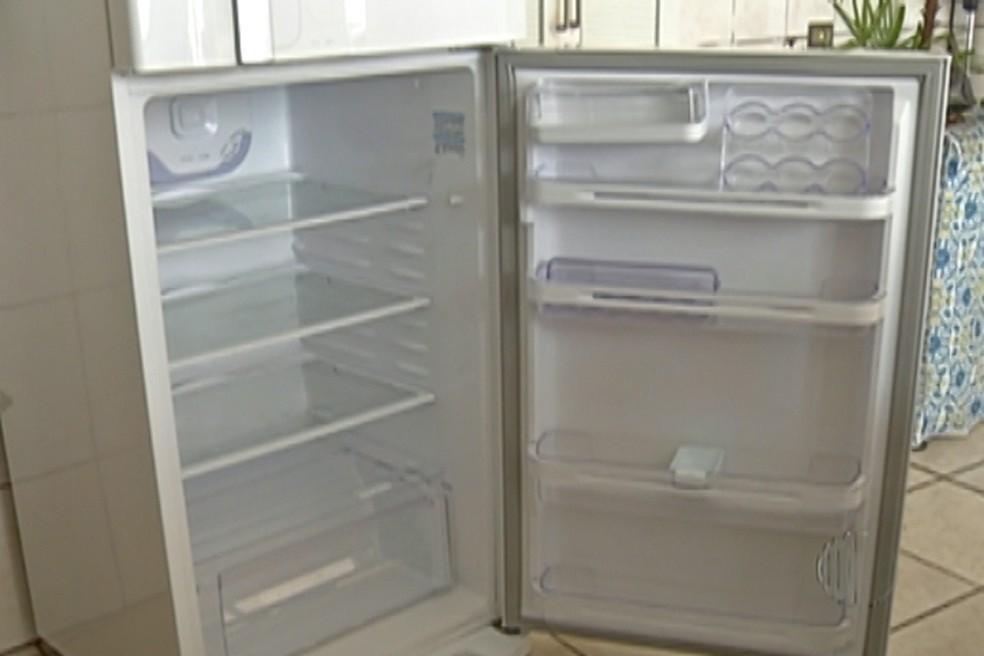 Energisa troca geladeira de 100 famílias carentes em Patos, na PB - Notícias - Plantão Diário
