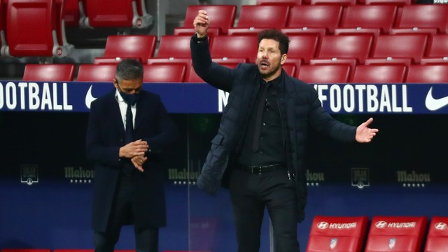 Simeone durante a vitória do Atlético de Madrid sobre o Barcelona
