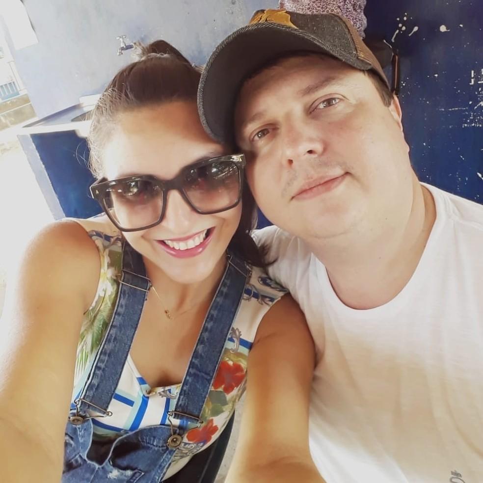 Vinícius Seabra, 41, e Luciene Mayer, 33 — Foto: Reprodução/Facebook