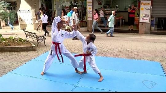 Duas atletas de Colatina se preparam para disputar o Open International de Karatê