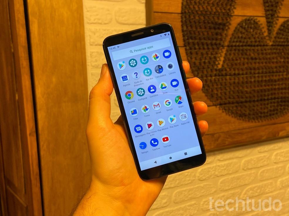 Lista reúne cinco tipos de apps que consomem recursos do celular de forma desnecessária e deixam o dispositivo lento; veja  — Foto: Thássius Veloso/TechTudo