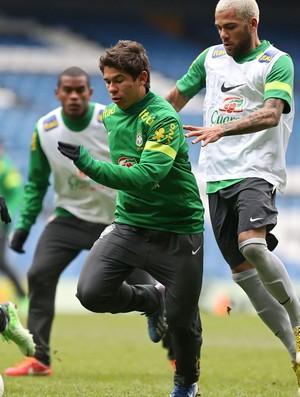 Felipão diz que convocação para jogo da Bolívia não atrapalhará clubes