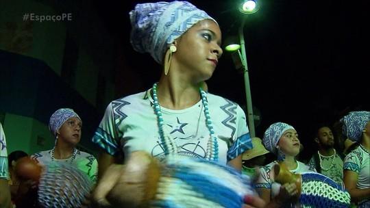 Mulheres ganham mais espaço nos maracatus nação em Pernambuco