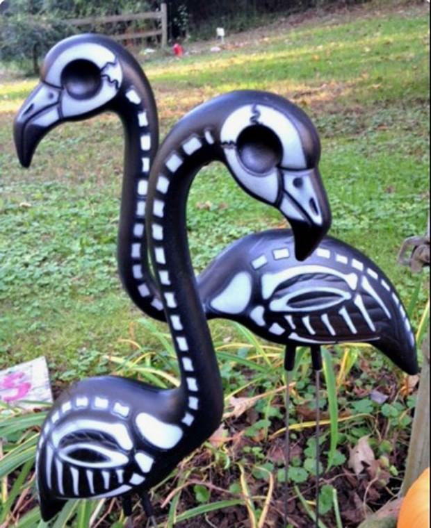 Halloween: Esqueleto de flamingo (Foto: Pinterest/Reprodução)