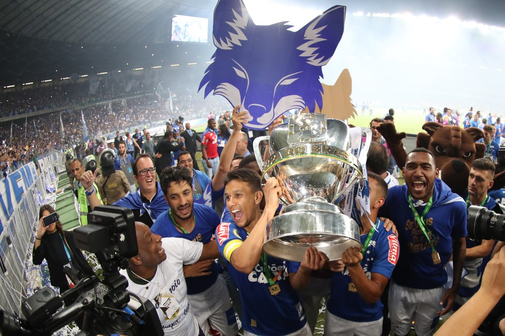Cruzeiro defende o título conquistado da Copa do Brasil (Foto: Lucas Figueiredo/CBF)