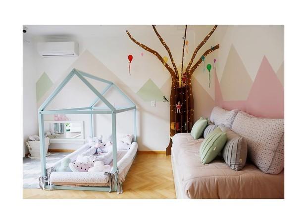 Débora Nascimento mostra o quarto montessoriano de sua filha Bella (Foto: Reprodução/Instagram)