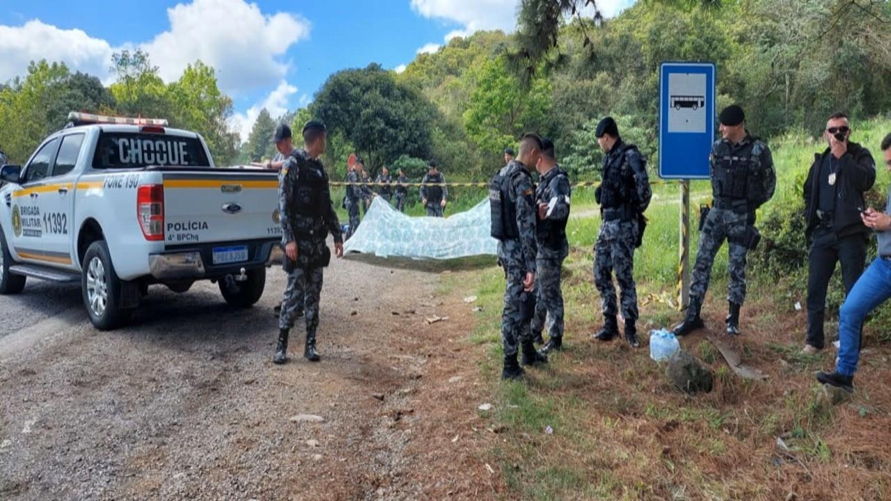 Três suspeitos morrem em confronto com a polícia na RSC-453, na Serra