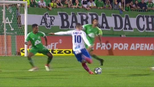 """Enderson elogia desempenho do Bahia e diz que time merecia vitória: """"Grande jogo"""""""