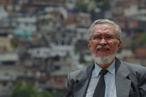 José Louzeiro, o jornalista e escritor