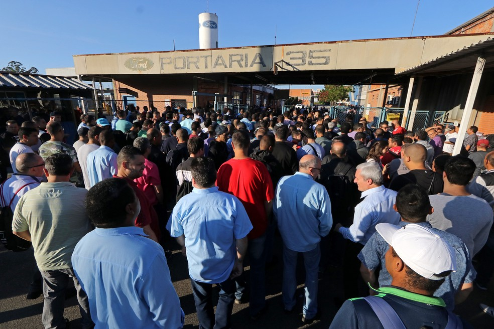 Funcionários da Ford no encerramento da greve em São Bernardo — Foto: Divulgação/Adonis Guerra