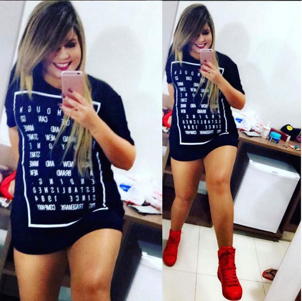 Marília Mendonça faz pose e mostra que está muito feliz com seu corpo: 'Não caio em pilha de padrão de nada' (Foto: Reprodução Internet)