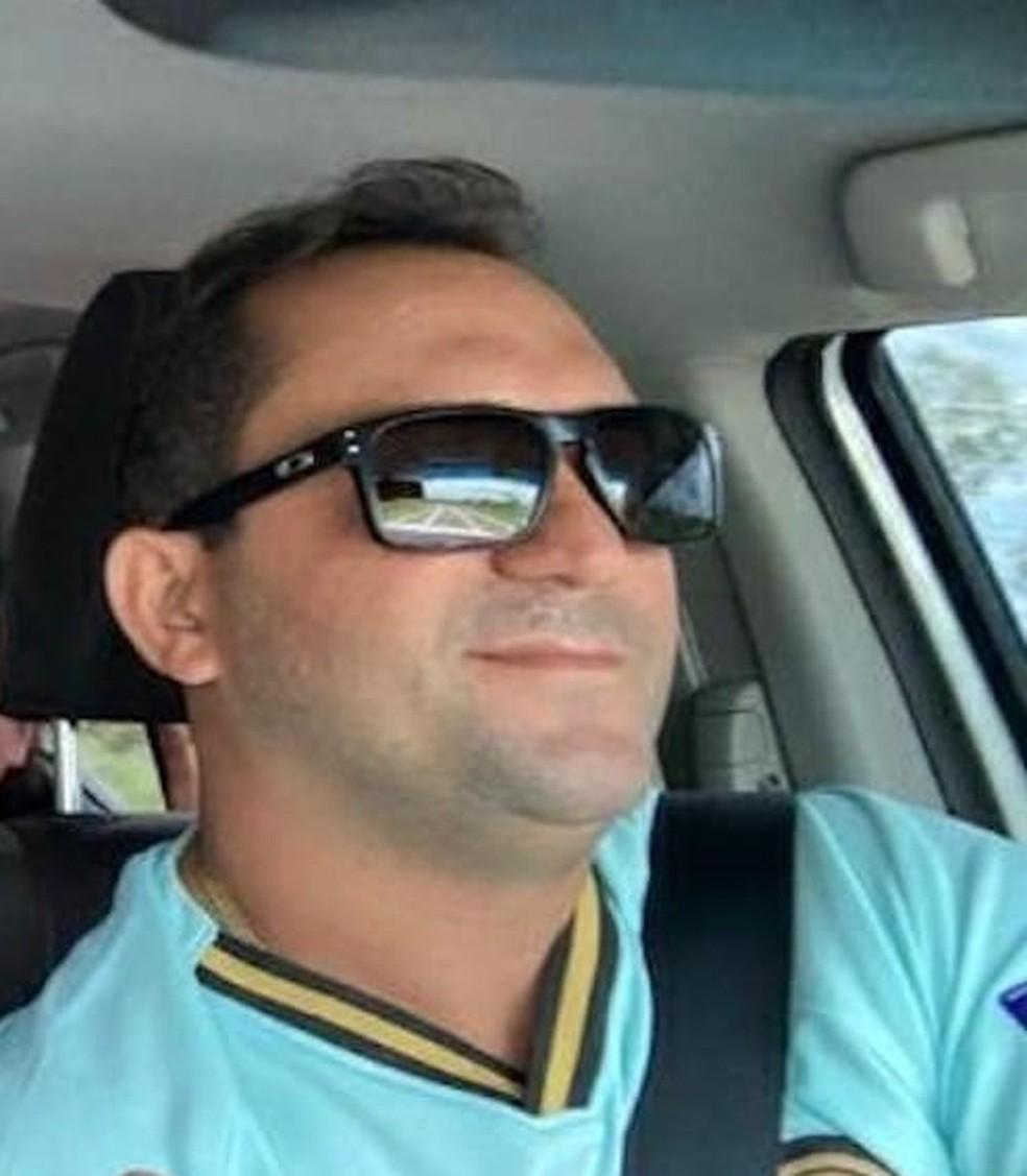 Alan Moura e Silva foi morto a tiros após ser abordado por criminosos na porta de casa em São Félix do Piauí — Foto: Reprodução/Facebook