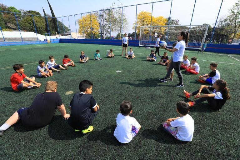 Prefeitura de Pato Branco oferece 80 vagas em projeto de atividades esportivas para crianças