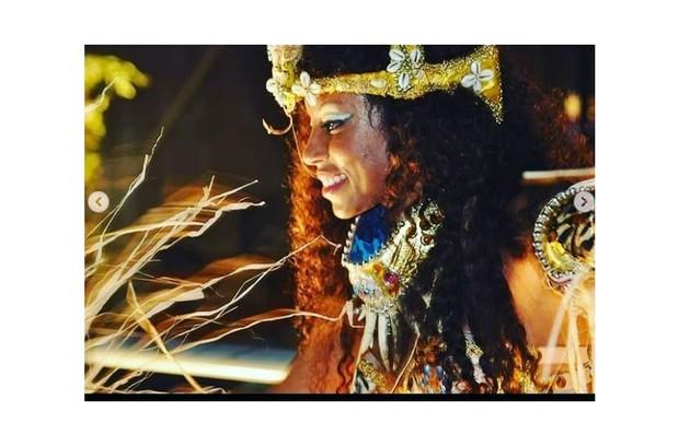 DJ de pagodão baiano, Lumena Aleluia é a Rainha do Araketu, na Bahia (Foto: Reprodução)