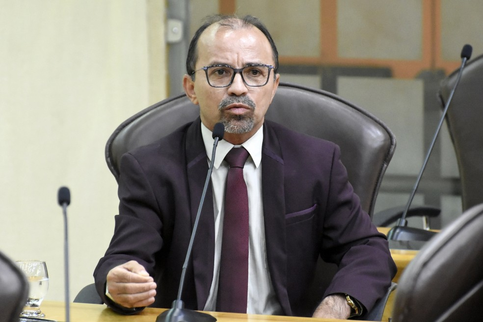 Sandro Pimentel (PSOL) é cassado pelo TSE — Foto: Eduardo Maia