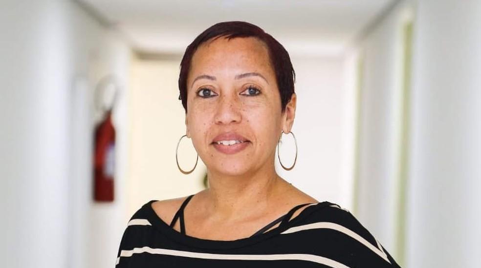 A cuidadora de idosos Eliangela Carlos Lopes — Foto: Eliangela Carlos Lopes/Arquivo pessoal