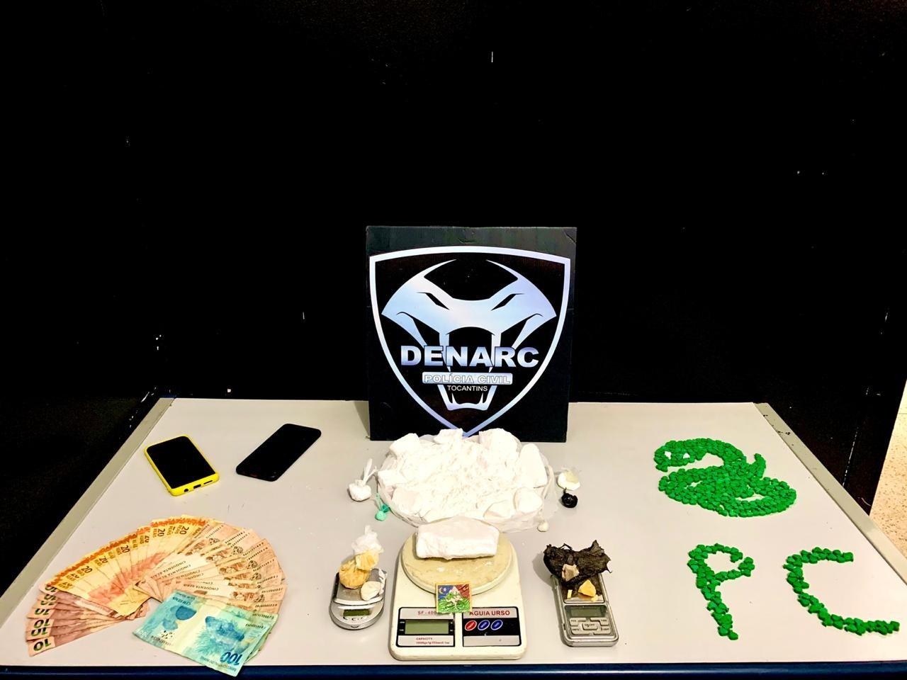 Polícia encontra mais de um quilo de cocaína e dinheiro com mulher em casa no norte de Palmas