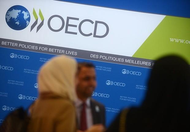 Logo da Organização para a Cooperação e Desenvolvimento Econômico (OCDE)  (Foto: Antoine Antoniol/Getty Images)