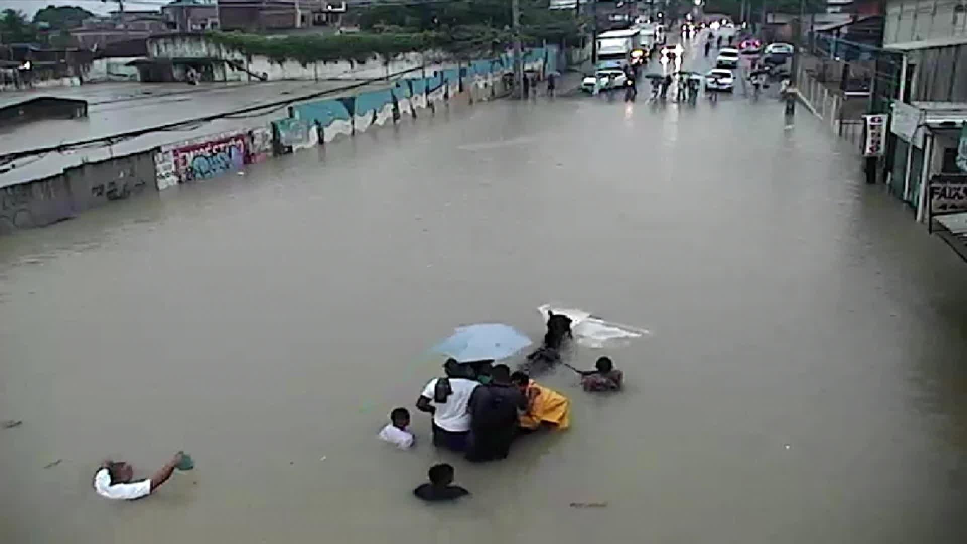 Apac alerta para mais chuvas e risco de inundação em áreas de rios no Grande Recife e Mata Norte