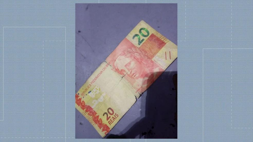 Cliente não aceitou a cédula de dinheiro — Foto: Reprodução/TV Globo