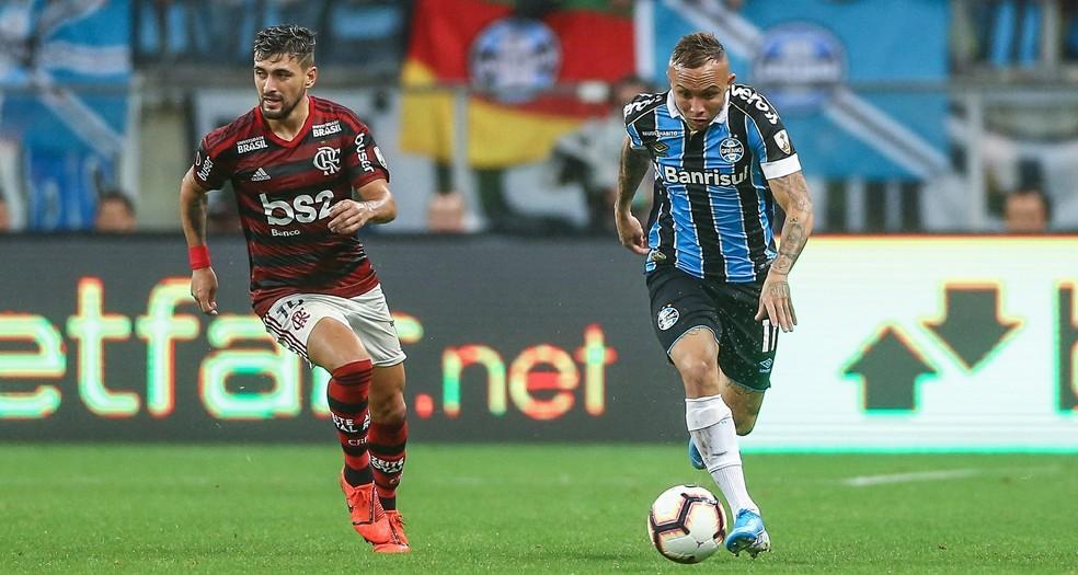 Arrascaeta durante Flamengo x Grêmio  — Foto: Lucas Uebel/Grêmio FBPA