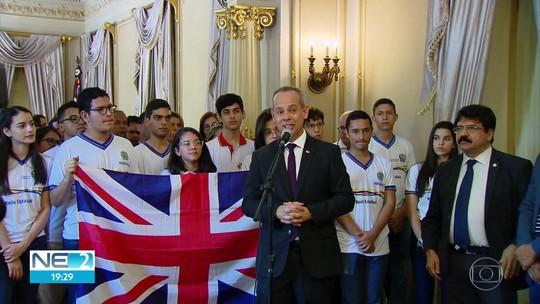 Ganhe o Mundo anuncia vagas para alunos de escolas técnicas e Inglaterra como novo destino