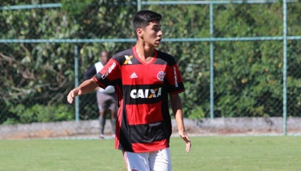 Rykelmo de Souza Viana era volante da categoria sub-15 do Flamengo — Foto: Reprodução