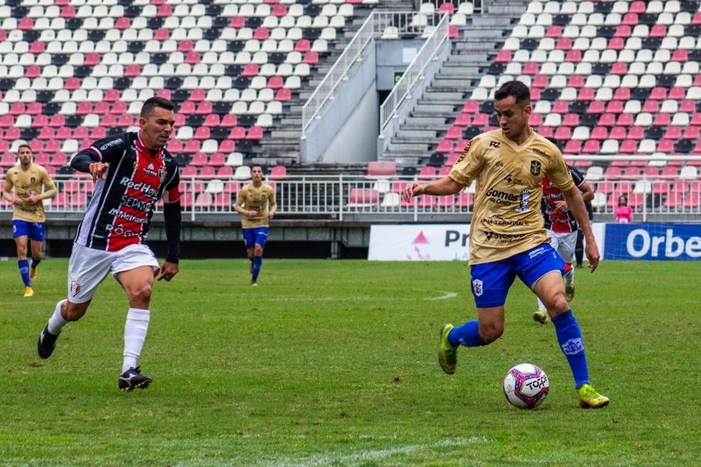 Joinville e Marcílio Dias lutam pela classificação na Série D — Foto: Bruno Golembiewski/CNMD