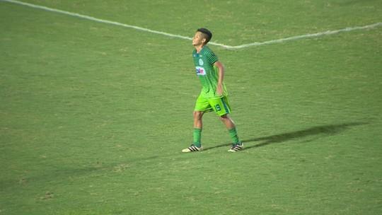 """Darlan brilha na meta do Sulão, mas reclama do ataque: """"A gente depende de gols também"""""""
