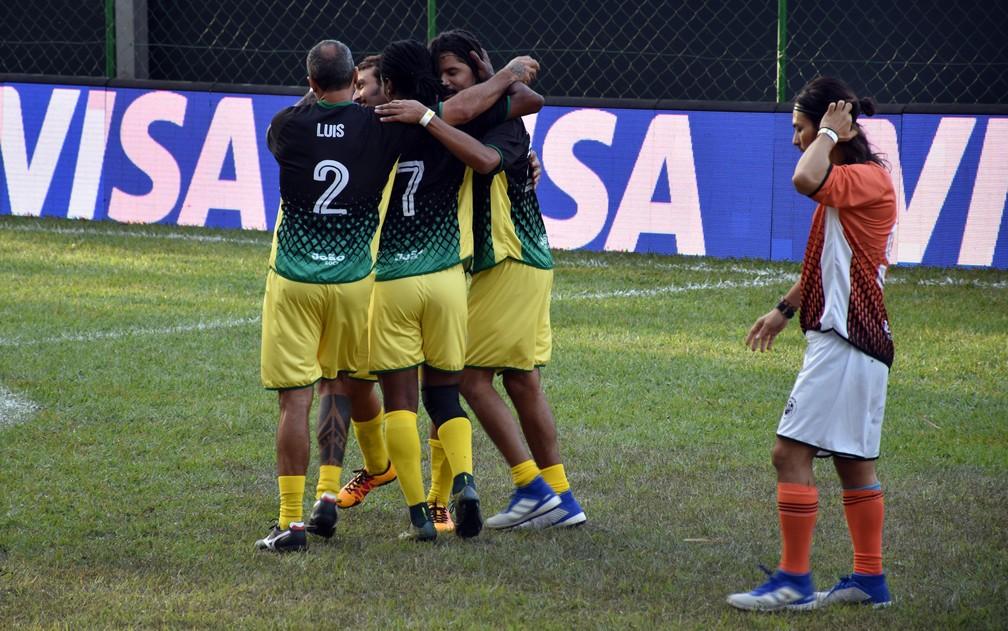 Natiruts comemora gol marcado no João Rock Futebol Clube em Ribeirão Preto (SP) — Foto: Rodolfo Tiengo/G1