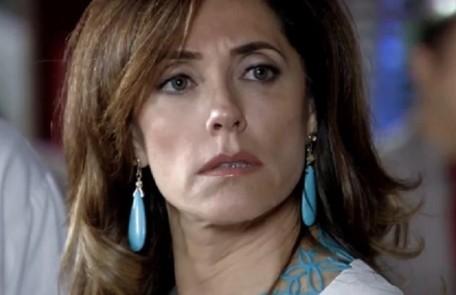 Na segunda-feira (17), Tereza Cristina (Christiane Torloni) vai cobrar notícias do atentando contra Quinzinho Reprodução